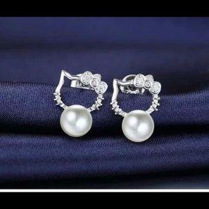 Jewelry - Hello Kitty earrings